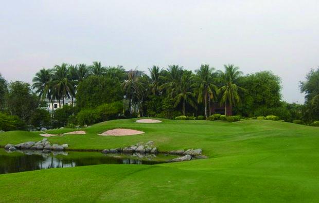 パンヤ インドラ ゴルフクラブ