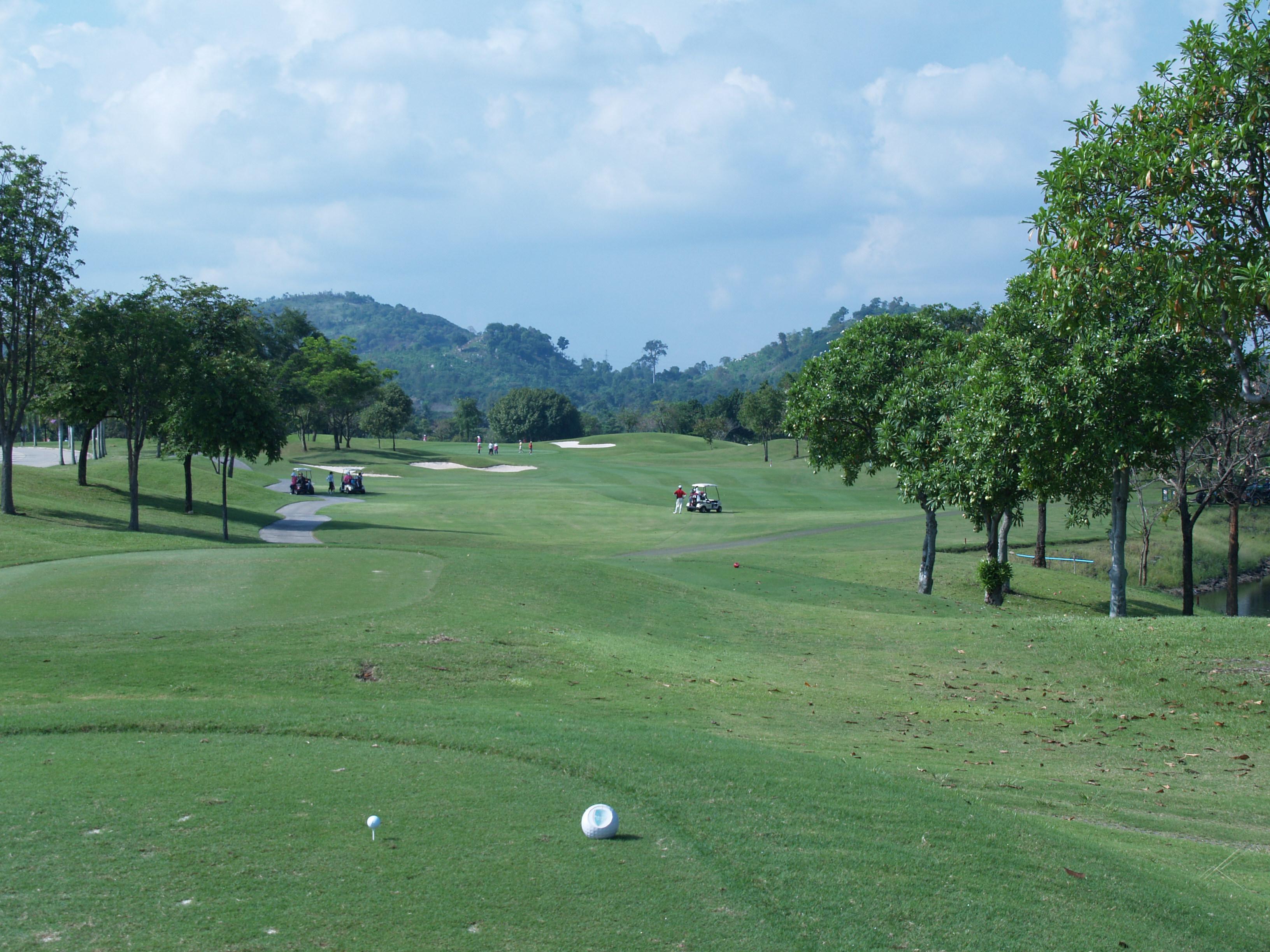 バンプラ 国際 ゴルフクラブ